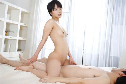 【向井藍】つるつるおま●こご堪能!!パイパン騎乗位キモチ良すぎて暴発セックス3