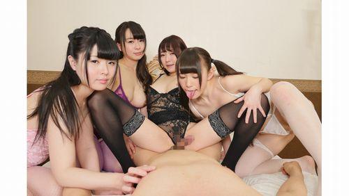 【なごみ】4人の痴女美人に囲まれひたすら淫語責めされ続ける密着ハーレムフェラチオ2